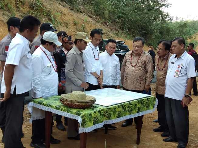 Presiden Jokowi Meninjau Lokasi Rencana Pemindahan Ibu Kota