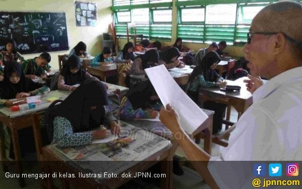 Batas Usia Guru PNS tak Diperpanjang